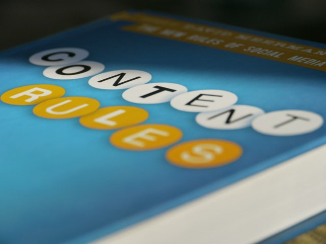 Review: Content Rules - How to Create Killer Blogs, Podcasts, Videos, eBooks, Webinars (and More) That Engage Customers and Ignite Your Business.